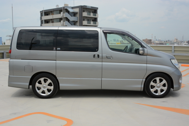 2005 Highwaystar Elgrand!
