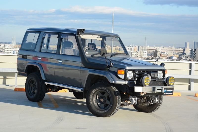 Turbo Diesel 70 Series Landcruiser with Diff Locks and Snorkel